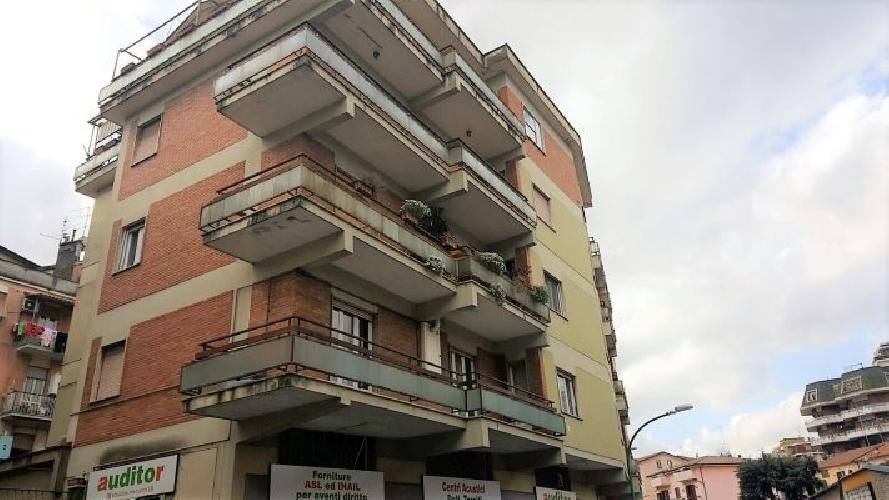 https://www.progettocasa1.it/immagini_immobili/16-05-2018/appartamento-vendita-colleferro-roma-via-giuseppe-di-vittorio-18-111.jpg