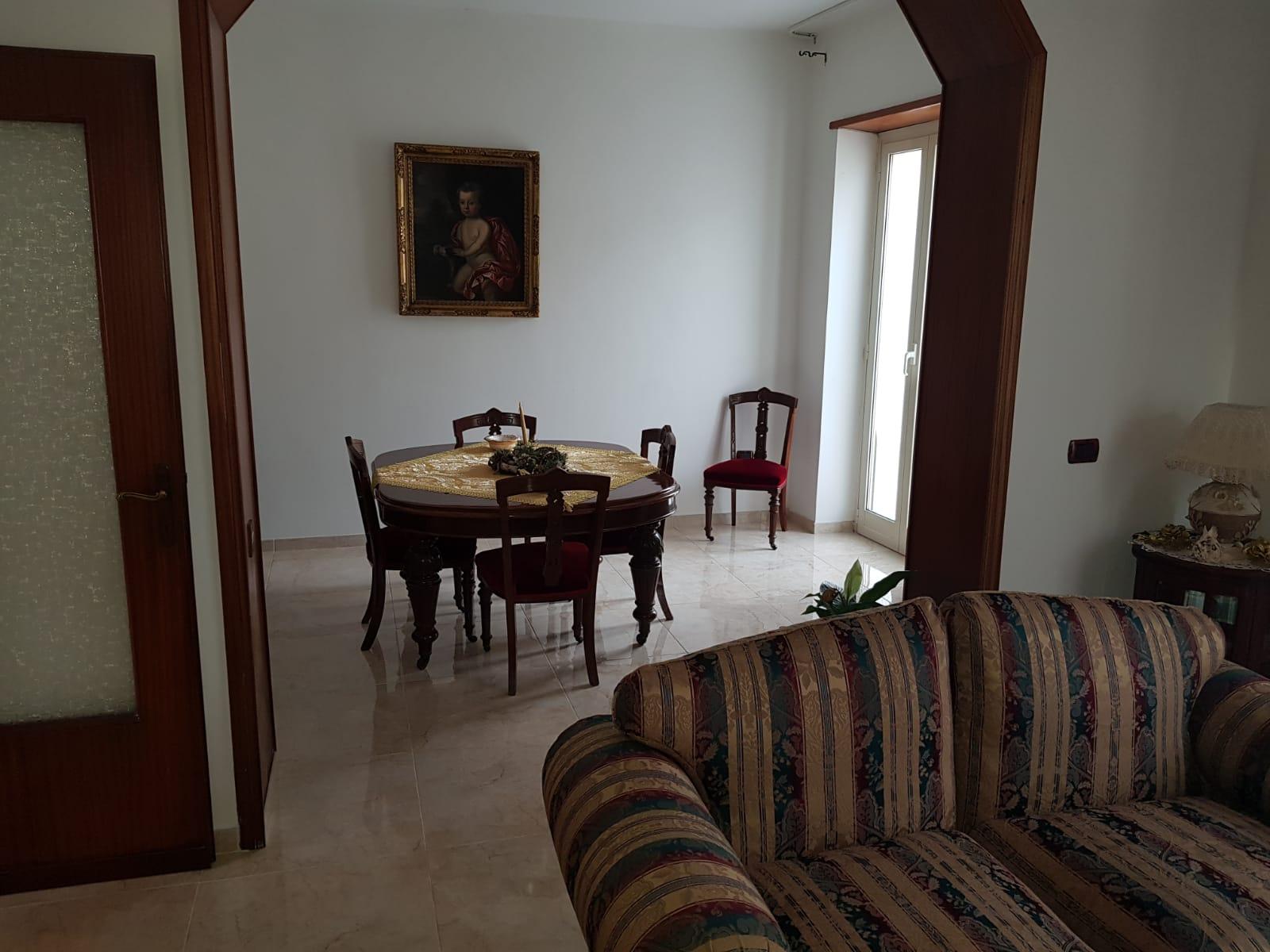 https://www.progettocasa1.it/immagini_immobili/16-12-2019/soluzione-indipendente-vendita-colleferro-roma-via-giuseppe-di-vittorio-654.jpg