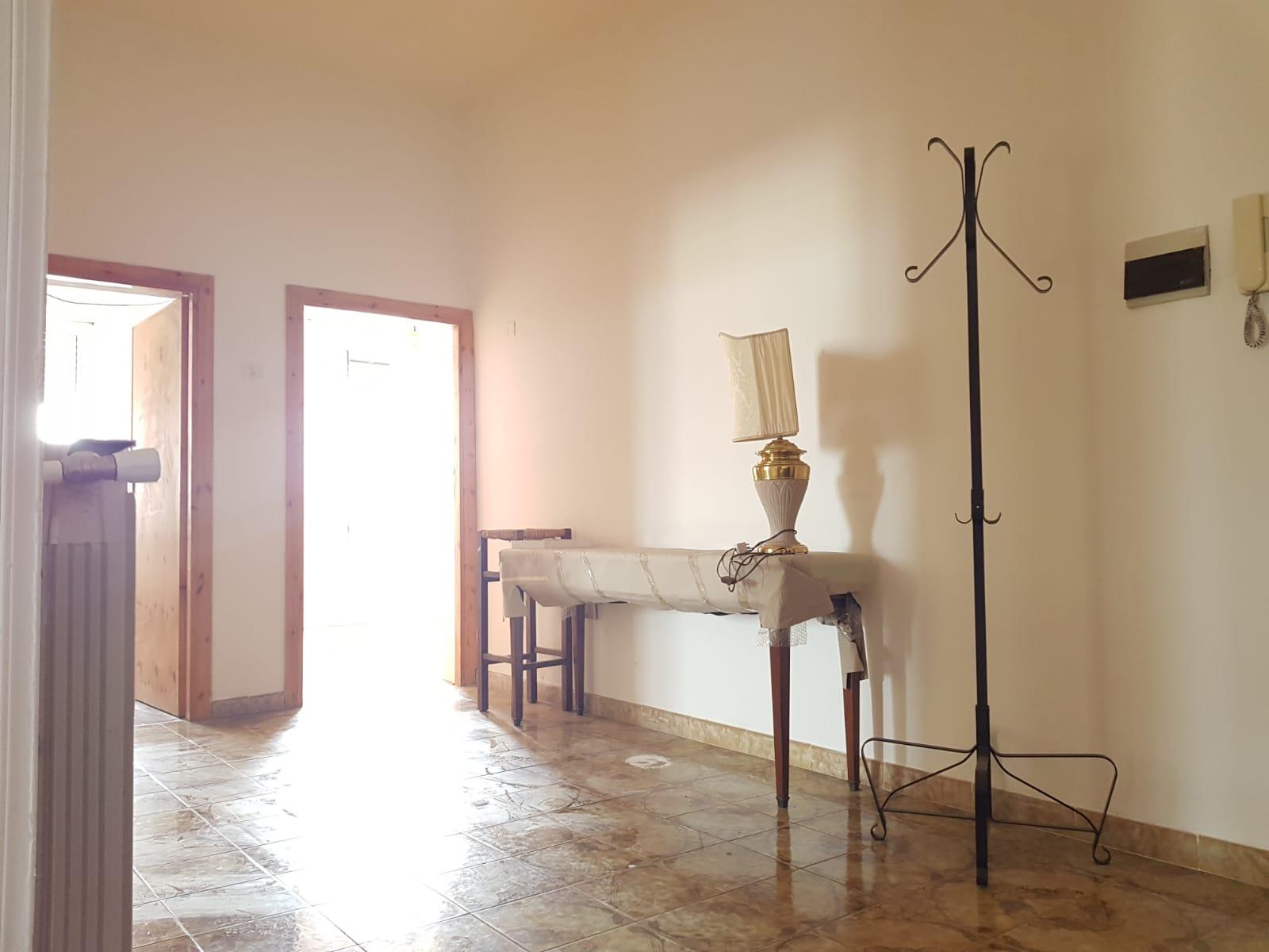 https://www.progettocasa1.it/immagini_immobili/17-06-2019/appartamento-vendita-colleferro-roma-via-giacomo-rossini-32-432.jpg