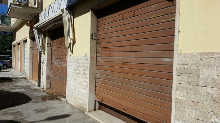 http://www.progettocasa1.it/immagini_immobili/18-04-2017/locale-commerciale-affitto-colleferro-roma-via-giuseppe-di-vittorio-551.jpg
