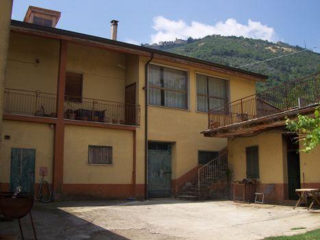 https://www.progettocasa1.it/immagini_immobili/18-04-2017/soluzione-indipendente-vendita-segni-roma-via-carpinetana-ovest-107.jpg