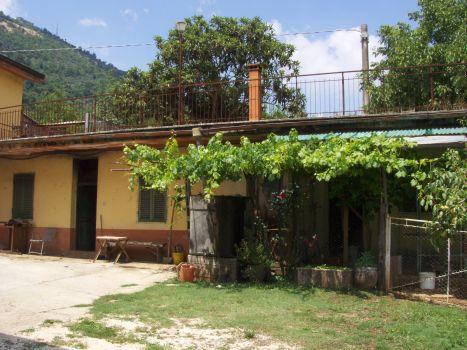 https://www.progettocasa1.it/immagini_immobili/18-04-2017/soluzione-indipendente-vendita-segni-roma-via-carpinetana-ovest-118.jpg