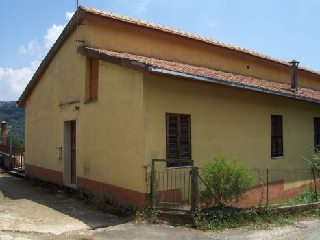 https://www.progettocasa1.it/immagini_immobili/18-04-2017/soluzione-indipendente-vendita-segni-roma-via-carpinetana-ovest-131.jpg