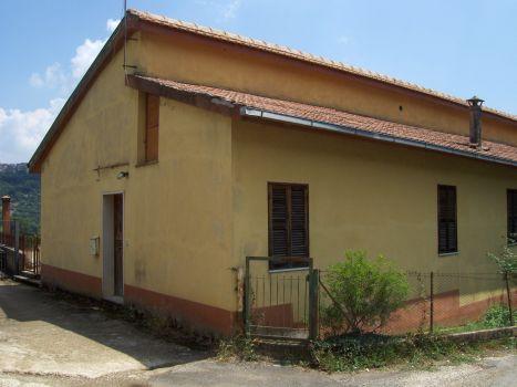 https://www.progettocasa1.it/immagini_immobili/18-04-2017/soluzione-indipendente-vendita-segni-roma-via-carpinetana-ovest-134.jpg