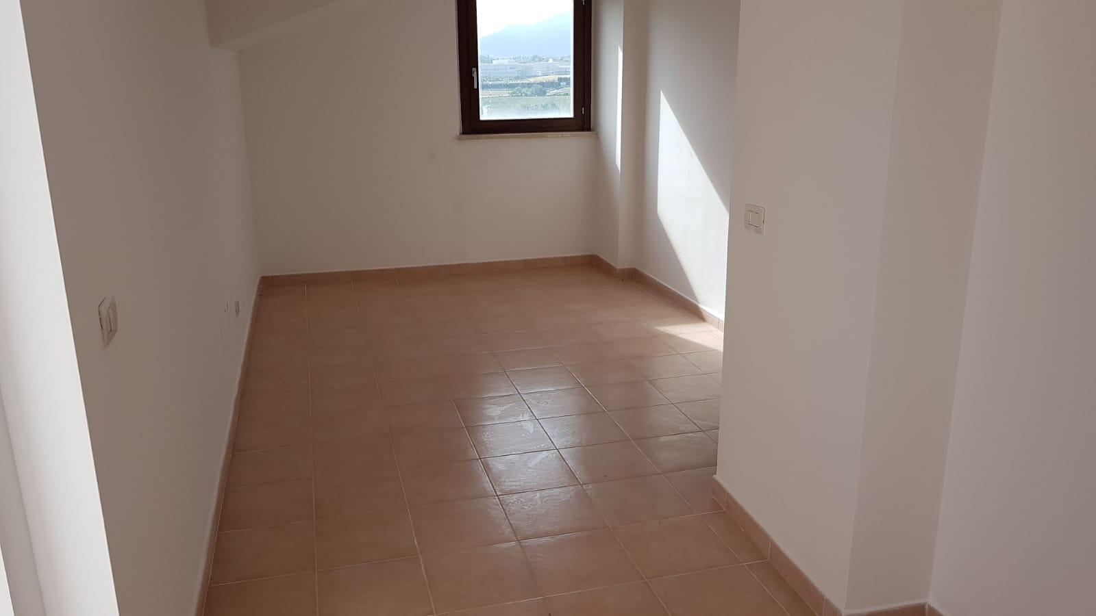 https://www.progettocasa1.it/immagini_immobili/18-05-2018/soluzione-indipendente-vendita-colleferro-roma-via-san-tommaso-daquino-231.jpg
