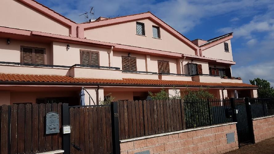 https://www.progettocasa1.it/immagini_immobili/18-05-2018/soluzione-indipendente-vendita-colleferro-roma-via-san-tommaso-daquino-466.jpg
