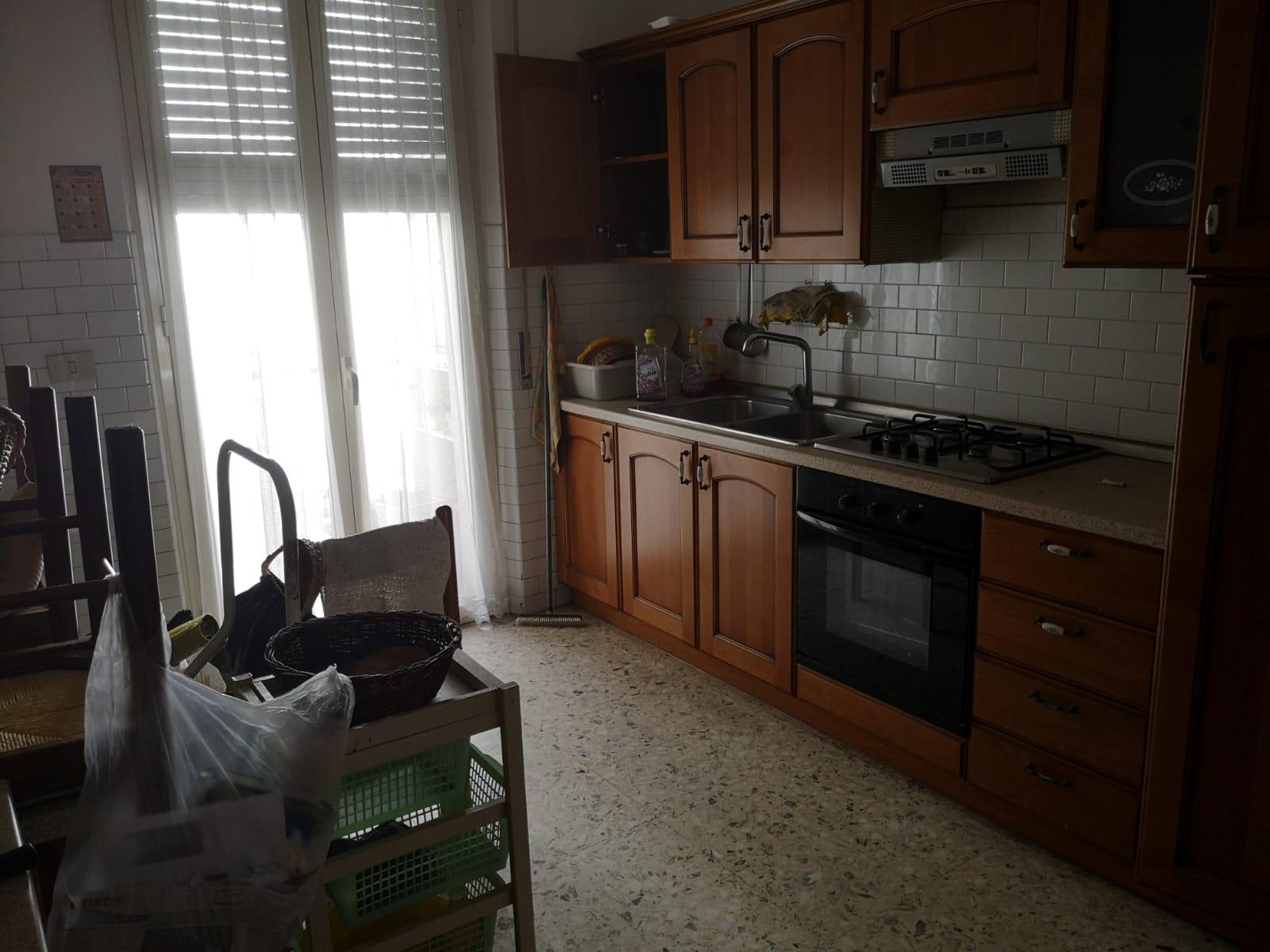 https://www.progettocasa1.it/immagini_immobili/18-05-2021/appartamento-vendita-colleferro-roma-via-martiri-delle-fosse-ardeatine5-624.jpg