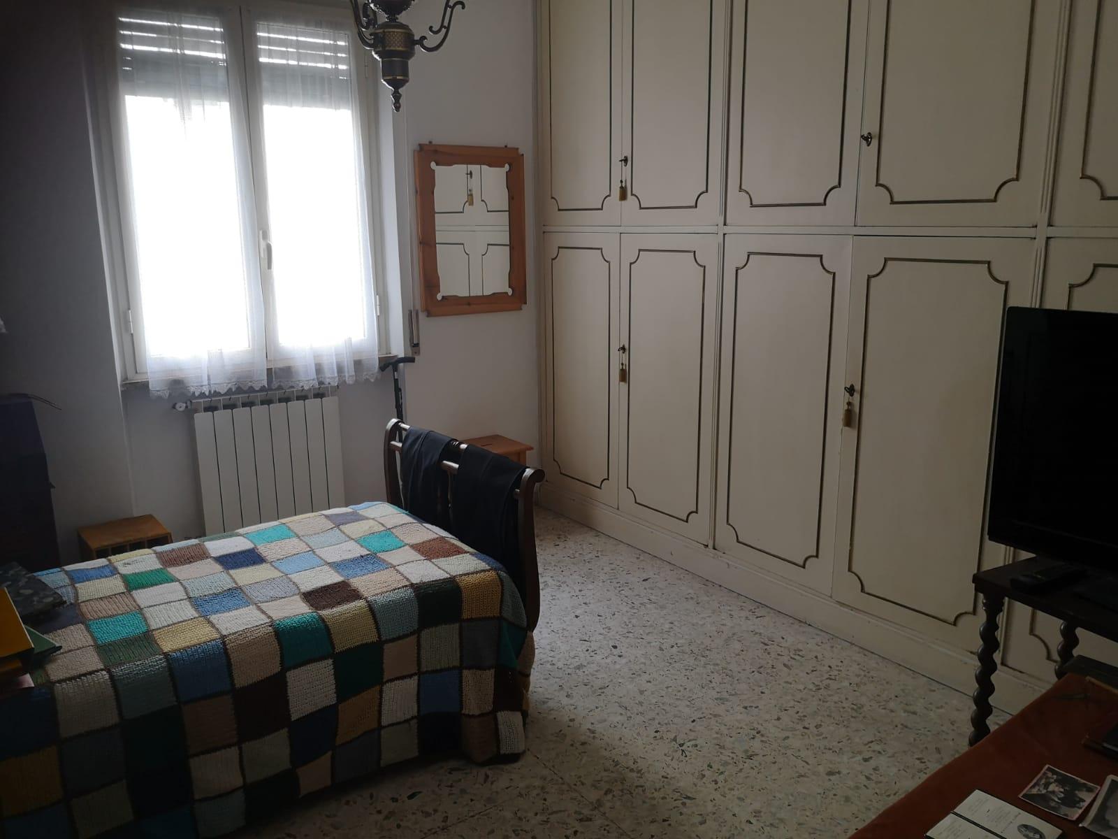 https://www.progettocasa1.it/immagini_immobili/18-05-2021/appartamento-vendita-colleferro-roma-via-martiri-delle-fosse-ardeatine5-627.jpg