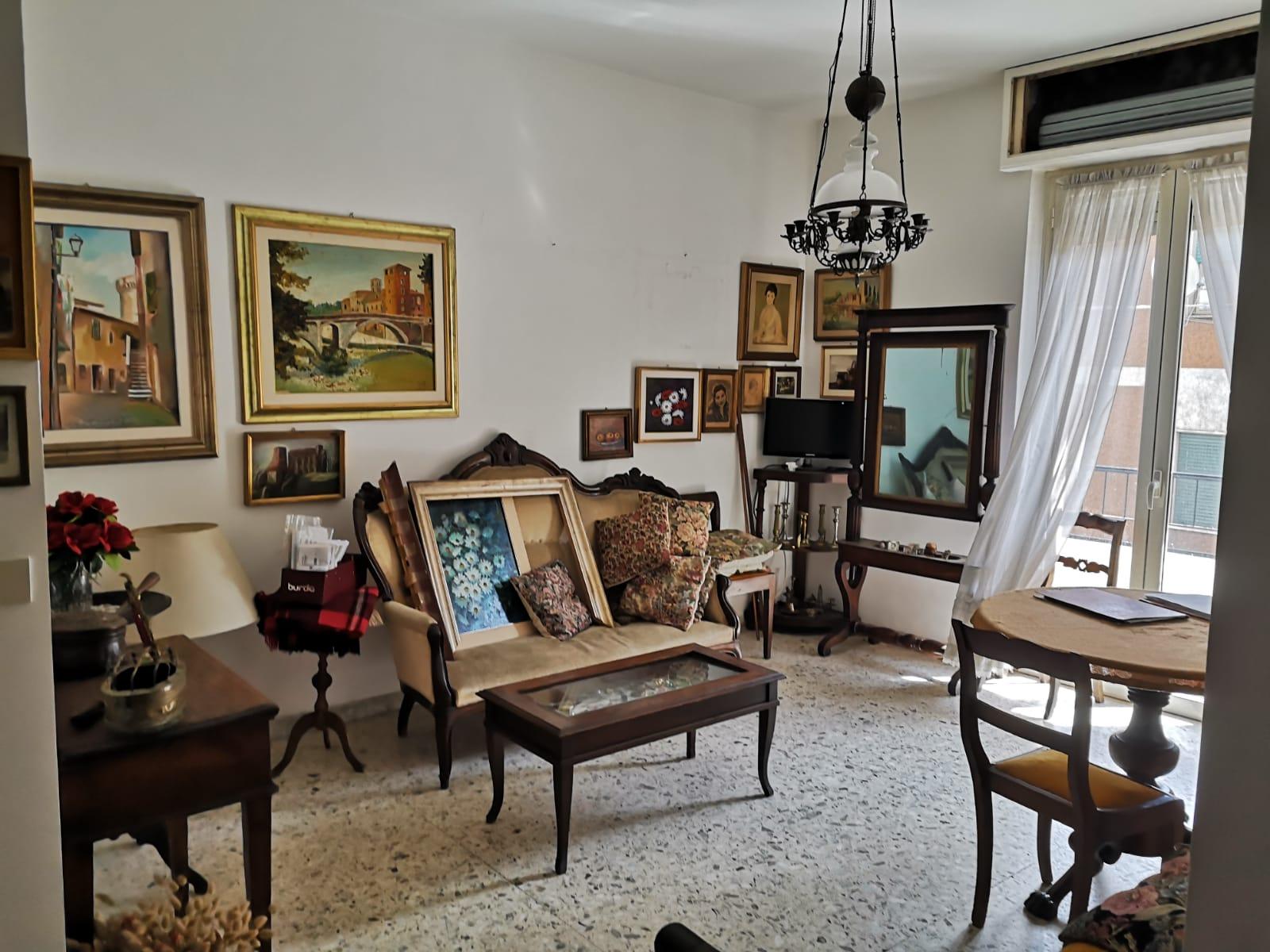 https://www.progettocasa1.it/immagini_immobili/18-05-2021/appartamento-vendita-colleferro-roma-via-martiri-delle-fosse-ardeatine5-735.jpg