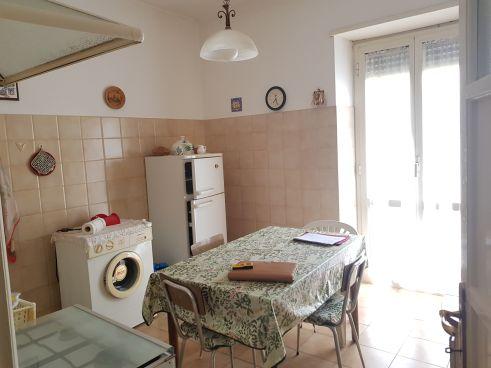 https://www.progettocasa1.it/immagini_immobili/18-05-2021/appartamento-vendita-colleferro-roma-via-santa-barbara-5-721.jpg