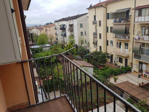 https://www.progettocasa1.it/immagini_immobili/18-05-2021/appartamento-vendita-colleferro-roma-via-santa-barbara-5-729.jpg