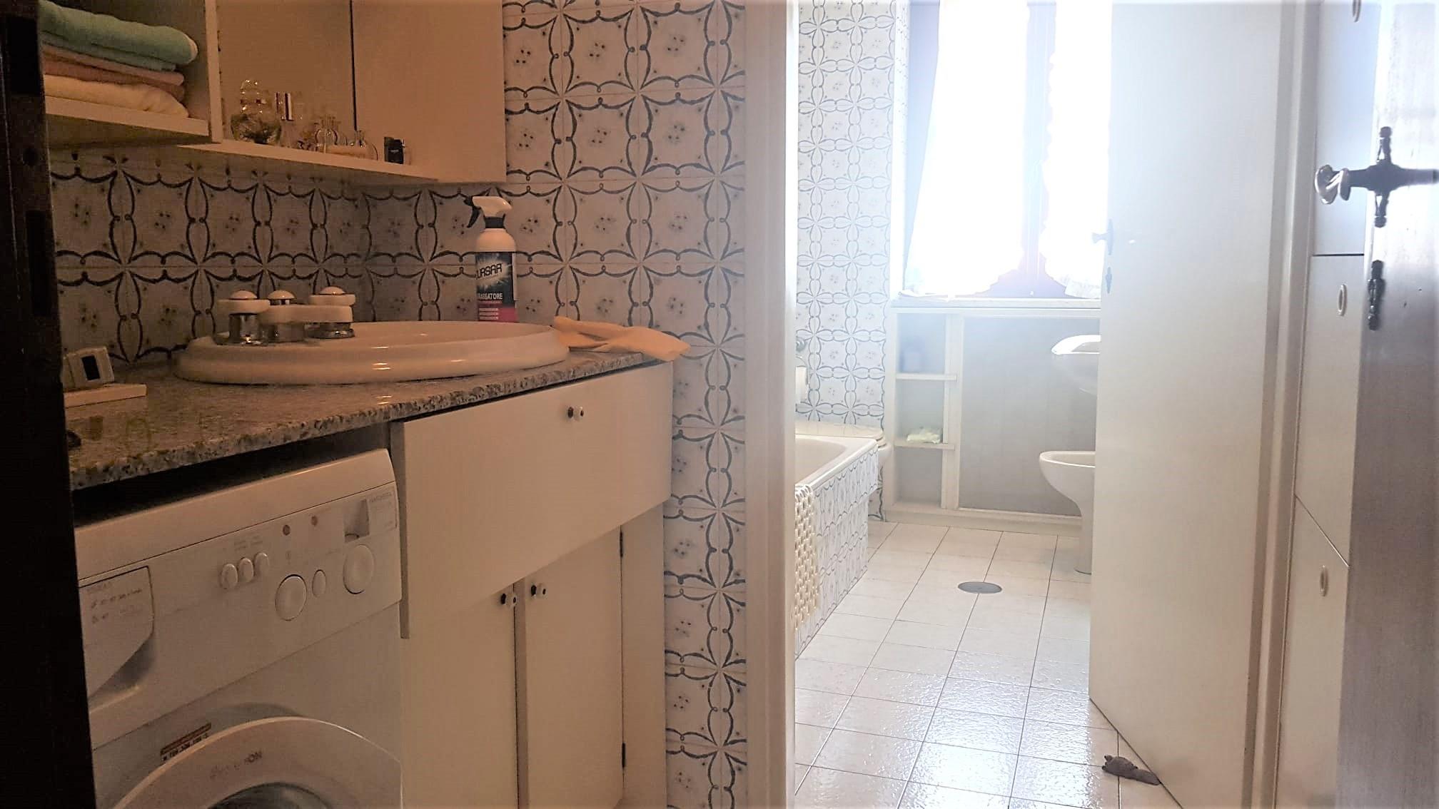 https://www.progettocasa1.it/immagini_immobili/18-06-2020/appartamento-vendita-colleferro-roma-via-latina100-570.jpg