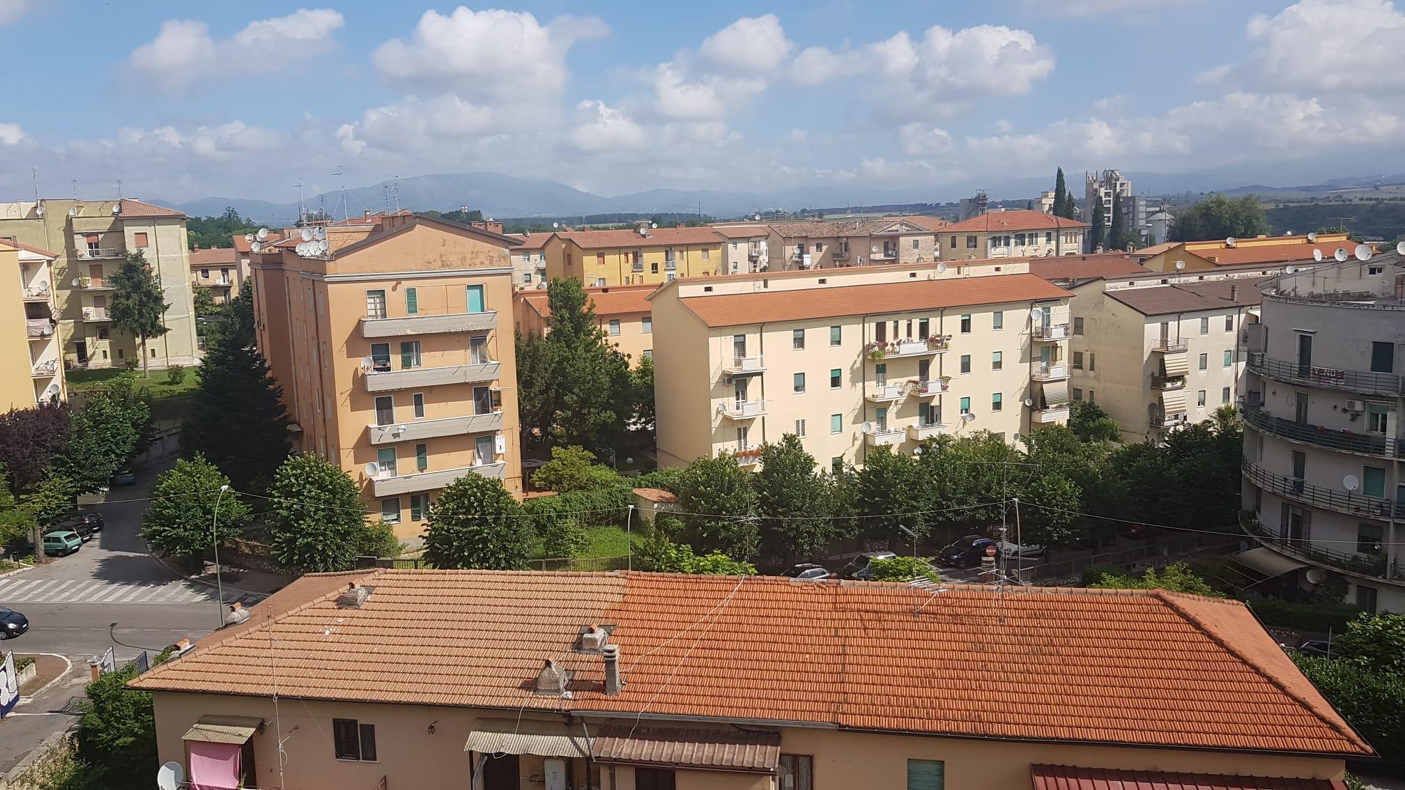 https://www.progettocasa1.it/immagini_immobili/18-06-2020/appartamento-vendita-colleferro-roma-via-latina100-684.jpg