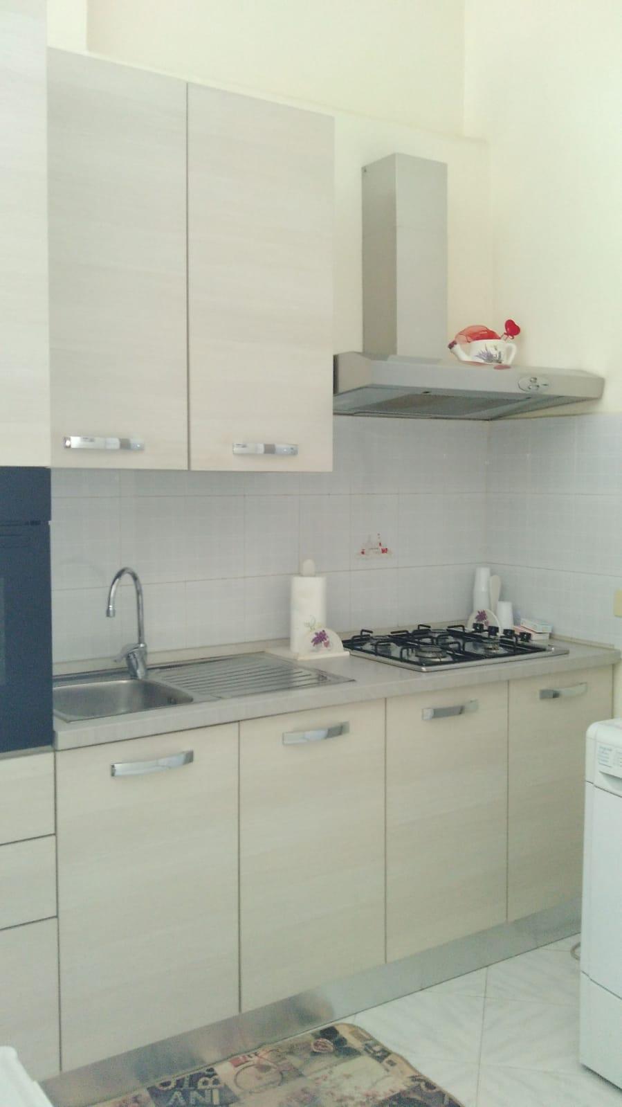 https://www.progettocasa1.it/immagini_immobili/18-07-2020/appartamento-affitto-colleferro-roma-via-latina5-803.jpg