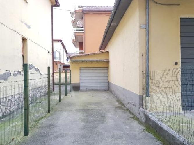 https://www.progettocasa1.it/immagini_immobili/19-02-2018/garage-affitto-colleferro-roma-via-ludovico-ariosto-267.jpg