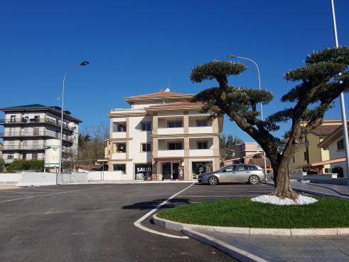 https://www.progettocasa1.it/immagini_immobili/19-05-2021/ufficio-affitto-colleferro-roma-via-dei-pioppi-24-739.jpg