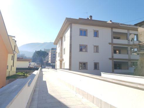 https://www.progettocasa1.it/immagini_immobili/19-05-2021/ufficio-affitto-colleferro-roma-via-dei-pioppi-24-740.jpg