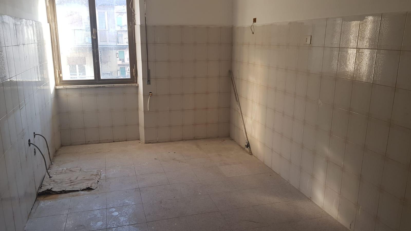 https://www.progettocasa1.it/immagini_immobili/20-01-2020/appartamento-vendita-colleferro-roma-via-enrico-ferri-8-690.jpg