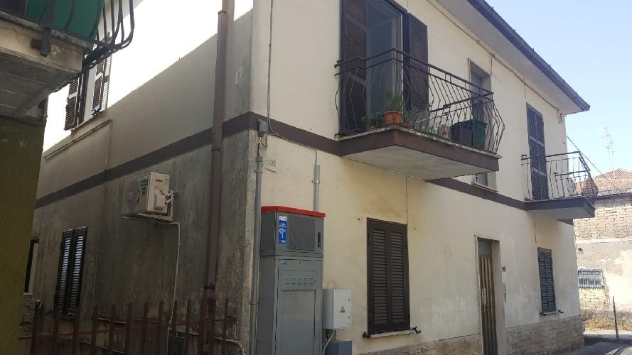 https://www.progettocasa1.it/immagini_immobili/20-01-2020/appartamento-vendita-colleferro-roma-via-giuseppe-di-vittorio-90-554.jpg