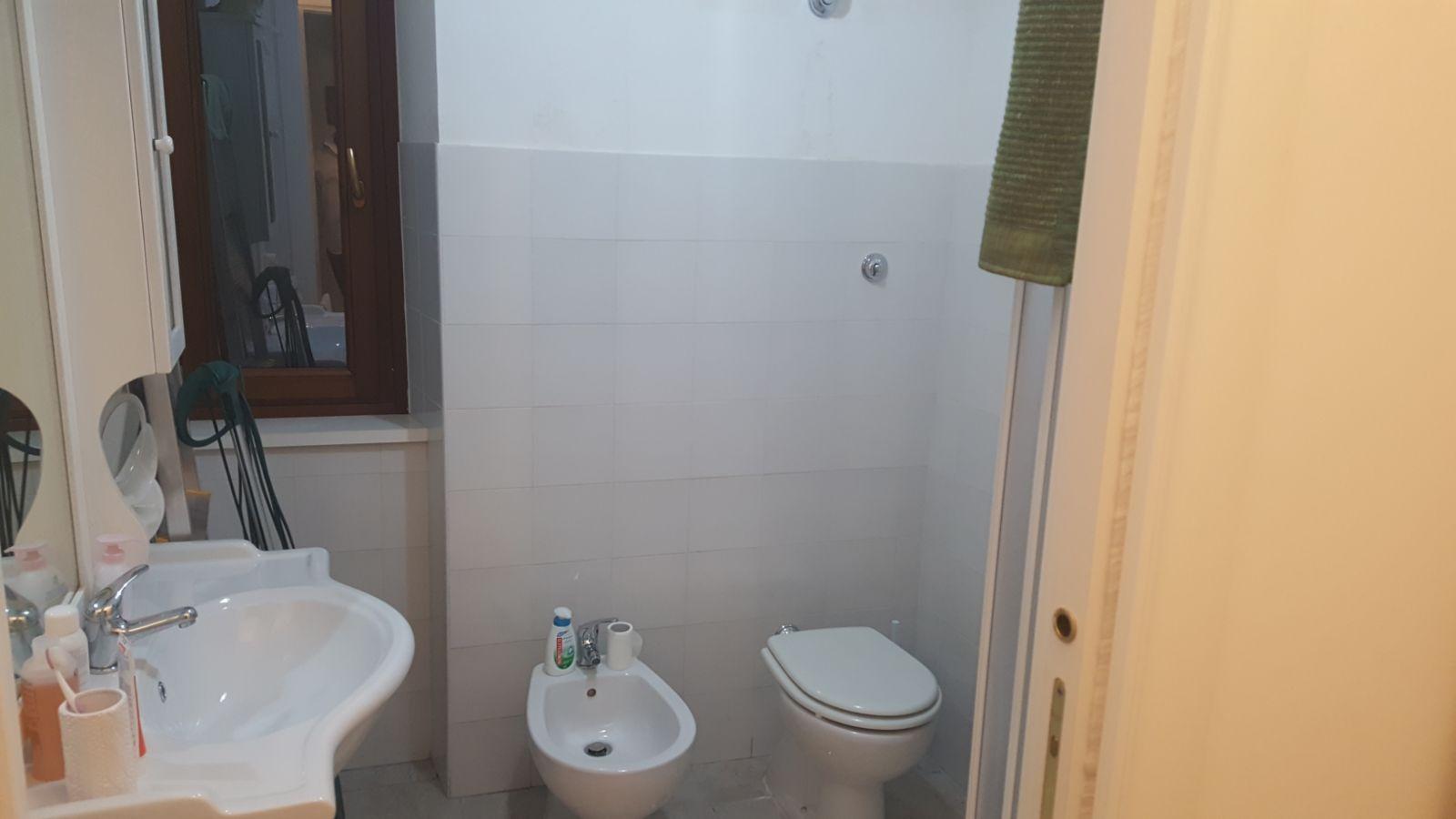 https://www.progettocasa1.it/immagini_immobili/20-01-2020/appartamento-vendita-colleferro-roma-via-giuseppe-di-vittorio-90-555.jpg