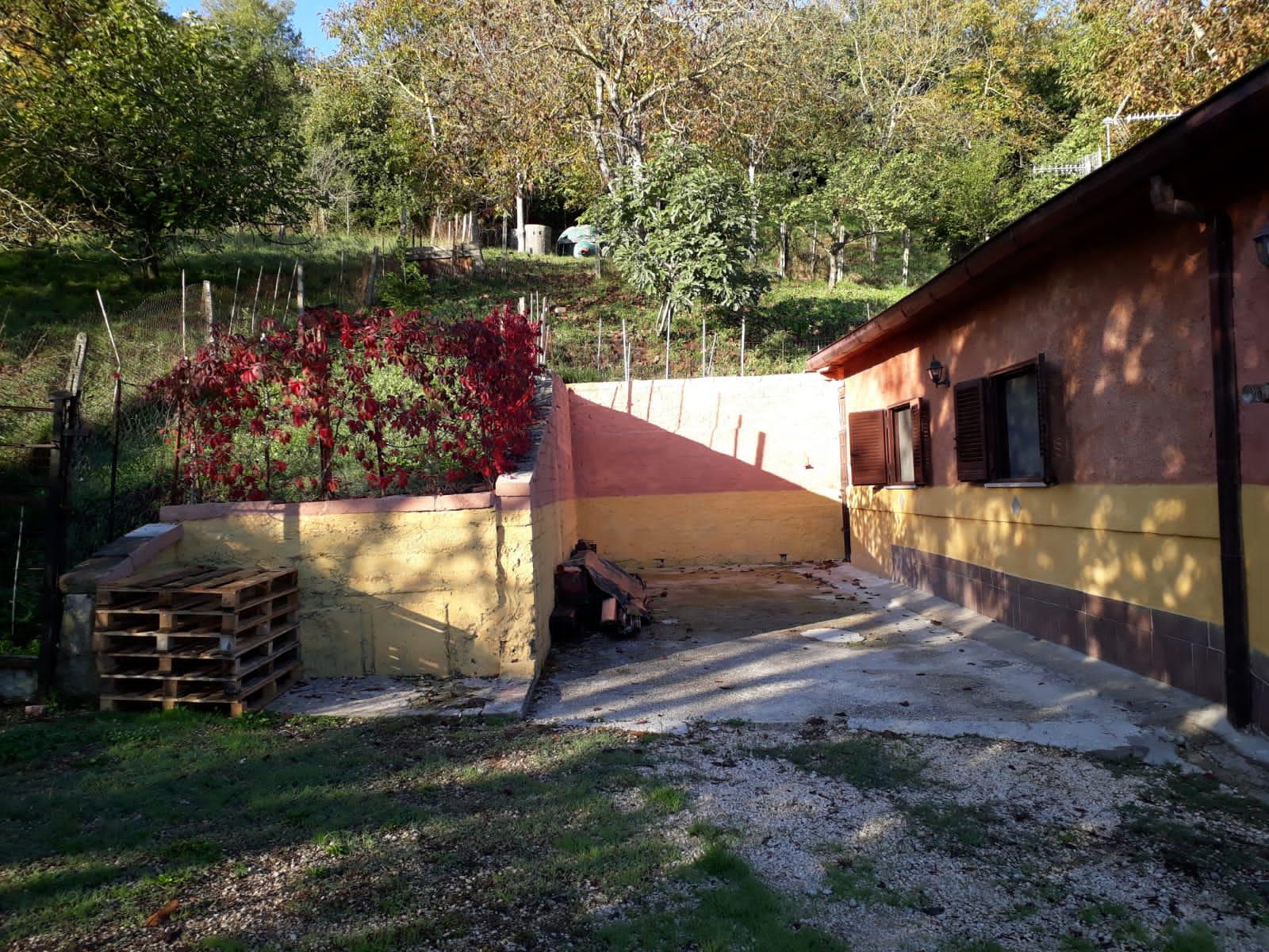 https://www.progettocasa1.it/immagini_immobili/20-12-2019/soluzione-indipendente-vendita-colleferro-roma-via-carpinetana-ovest-7-773.jpg