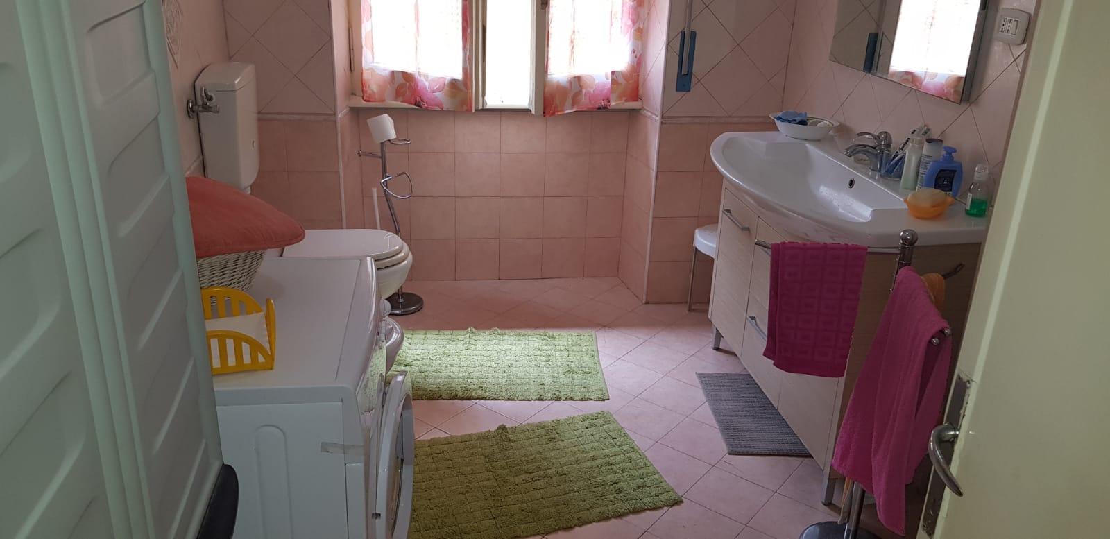 https://www.progettocasa1.it/immagini_immobili/21-05-2019/appartamento-vendita-colleferro-roma-viale-savoia-67-453.jpg