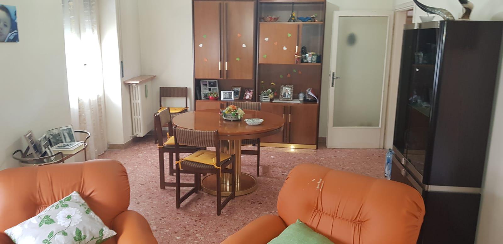https://www.progettocasa1.it/immagini_immobili/21-05-2019/appartamento-vendita-colleferro-roma-viale-savoia-67-467.jpg