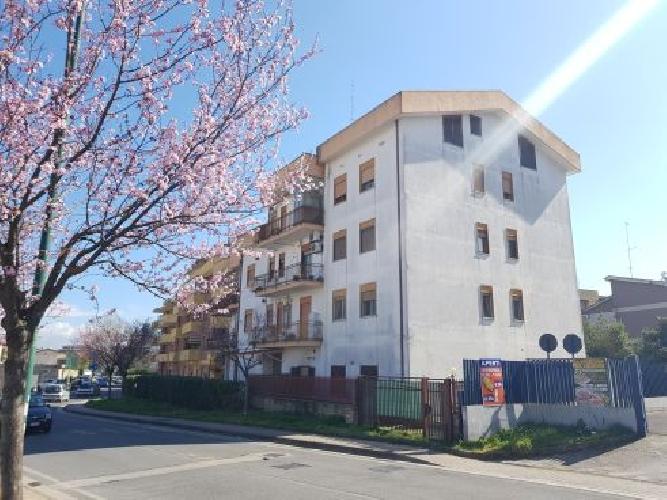 https://www.progettocasa1.it/immagini_immobili/22-03-2019/appartamento-vendita-colleferro-roma-via-francesco-berni-42-903.jpg