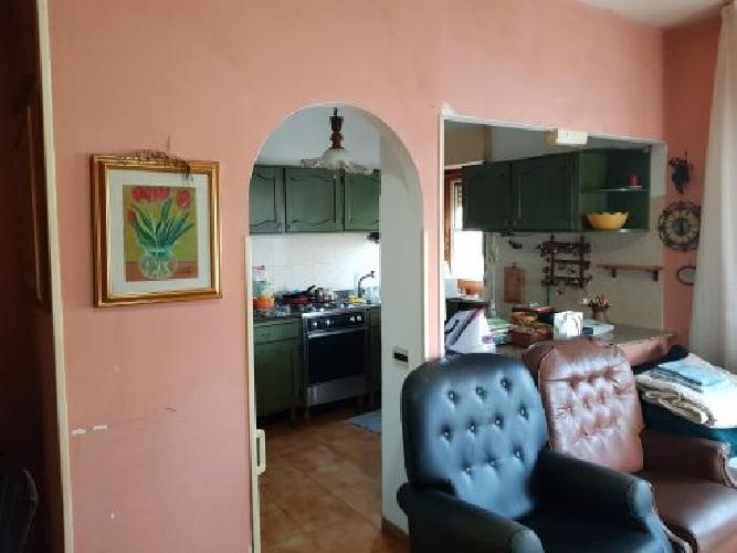 https://www.progettocasa1.it/immagini_immobili/22-03-2019/appartamento-vendita-colleferro-roma-via-francesco-berni-42-910.jpg