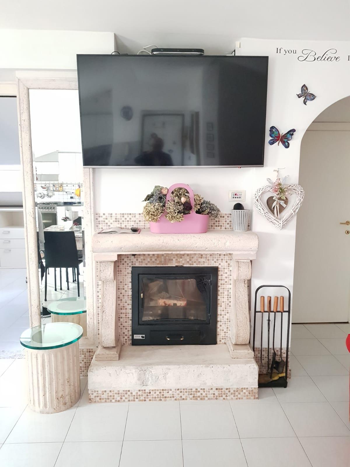 https://www.progettocasa1.it/immagini_immobili/22-05-2020/appartamento-vendita-colleferro-roma-via-fontana-bracchi16-674.jpg
