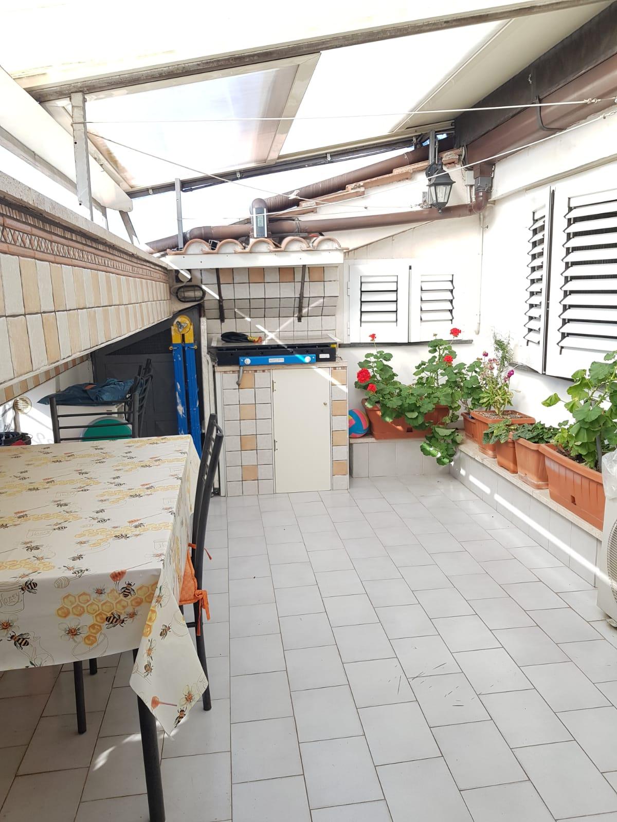 https://www.progettocasa1.it/immagini_immobili/22-05-2020/appartamento-vendita-colleferro-roma-via-fontana-bracchi16-685.jpg