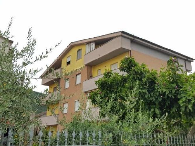 https://www.progettocasa1.it/immagini_immobili/23-07-2019/appartamento-affitto-colleferro-roma-vai-dei-larici-901.jpg