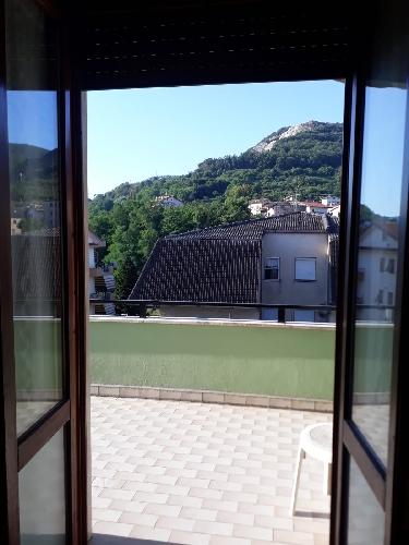 https://www.progettocasa1.it/immagini_immobili/23-07-2019/appartamento-affitto-colleferro-roma-vicolo-tevere-910.jpg