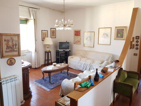 https://www.progettocasa1.it/immagini_immobili/24-02-2020/appartamento-vendita-colleferro-roma-via-manzoni-3-524.jpg