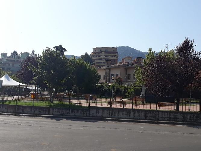 https://www.progettocasa1.it/immagini_immobili/24-04-2019/soluzione-indipendente-vendita-colleferro-roma-via-dei-larici-1-943.jpg