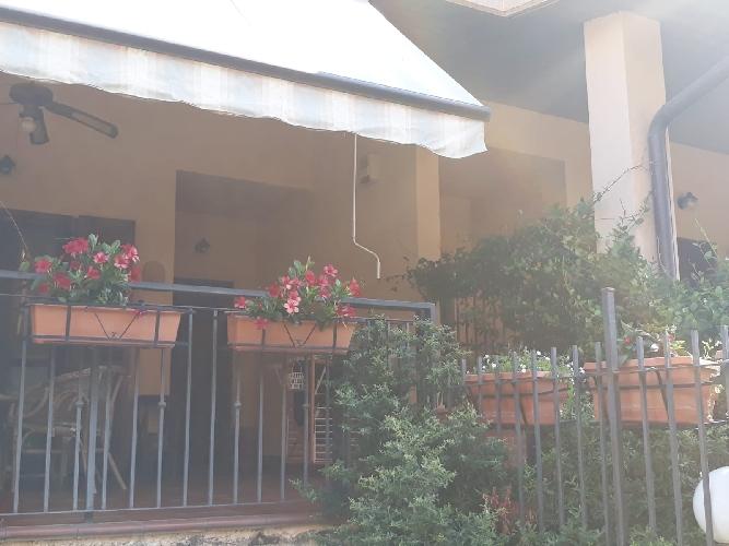 https://www.progettocasa1.it/immagini_immobili/24-04-2019/soluzione-indipendente-vendita-colleferro-roma-via-dei-larici-1-944.jpg
