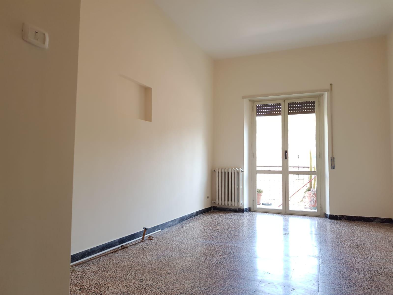 https://www.progettocasa1.it/immagini_immobili/24-06-2019/appartamento-affitto-colleferro-roma-via-martiri-delle-fosse-ardeatine-928.jpg