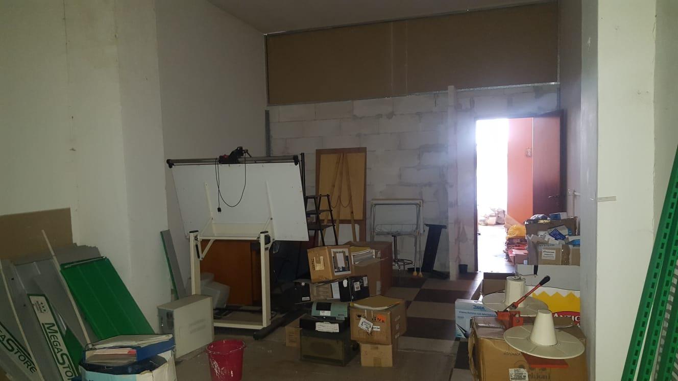 https://www.progettocasa1.it/immagini_immobili/24-06-2020/locale-commerciale-vendita-colleferro-roma-via-giacomo-leopardi-3-382.jpg