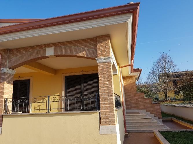 http://www.progettocasa1.it/immagini_immobili/24-11-2017/soluzione-indipendente-vendita-paliano-fr-san-procolo-1017.jpg