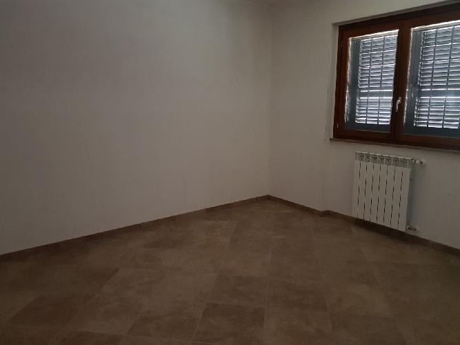 http://www.progettocasa1.it/immagini_immobili/24-11-2017/soluzione-indipendente-vendita-paliano-fr-san-procolo-1020.jpg