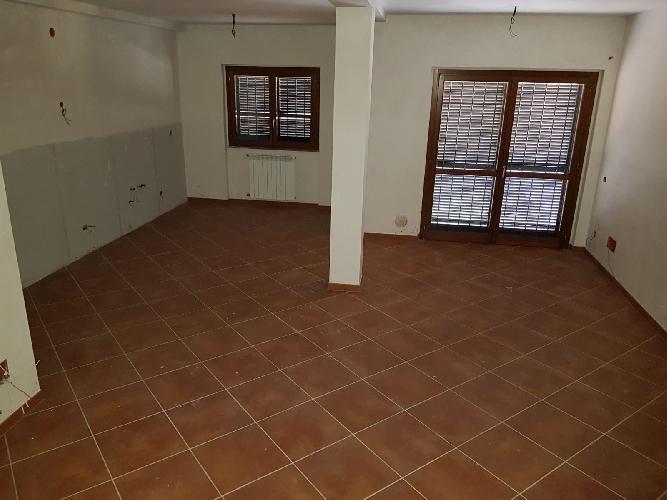 http://www.progettocasa1.it/immagini_immobili/24-11-2017/soluzione-indipendente-vendita-paliano-fr-san-procolo-1026.jpg