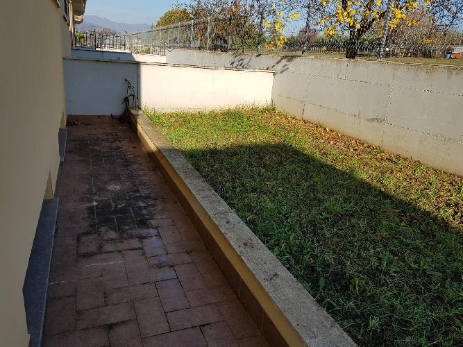 http://www.progettocasa1.it/immagini_immobili/24-11-2017/soluzione-indipendente-vendita-paliano-fr-san-procolo-617.jpg