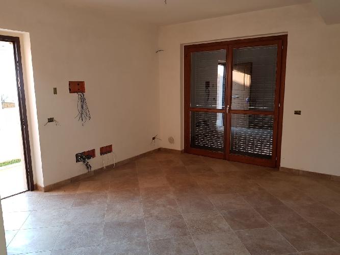 http://www.progettocasa1.it/immagini_immobili/24-11-2017/soluzione-indipendente-vendita-paliano-fr-san-procolo-805.jpg