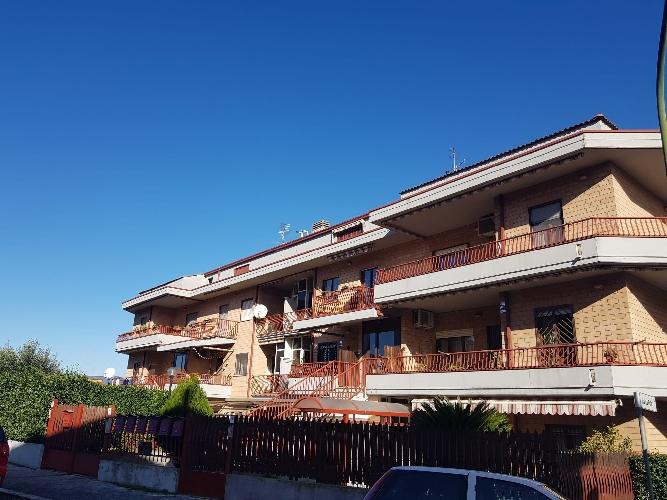 https://www.progettocasa1.it/immagini_immobili/24-11-2020/garage-vendita-colleferro-roma-via-donatello45-518.jpg