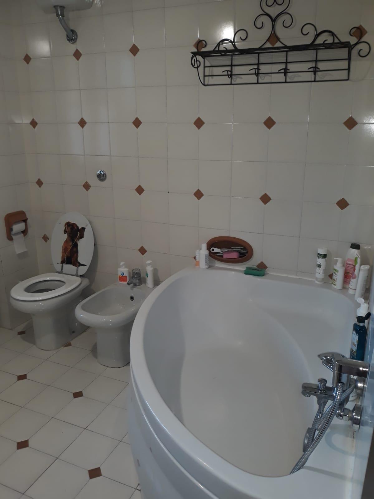 https://www.progettocasa1.it/immagini_immobili/25-02-2020/soluzione-indipendente-vendita-gorga-roma-san-marino-298.jpg