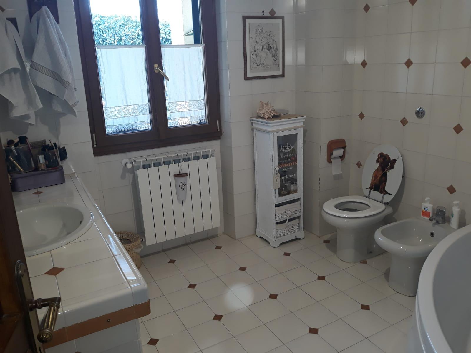 https://www.progettocasa1.it/immagini_immobili/25-02-2020/soluzione-indipendente-vendita-gorga-roma-san-marino-797.jpg