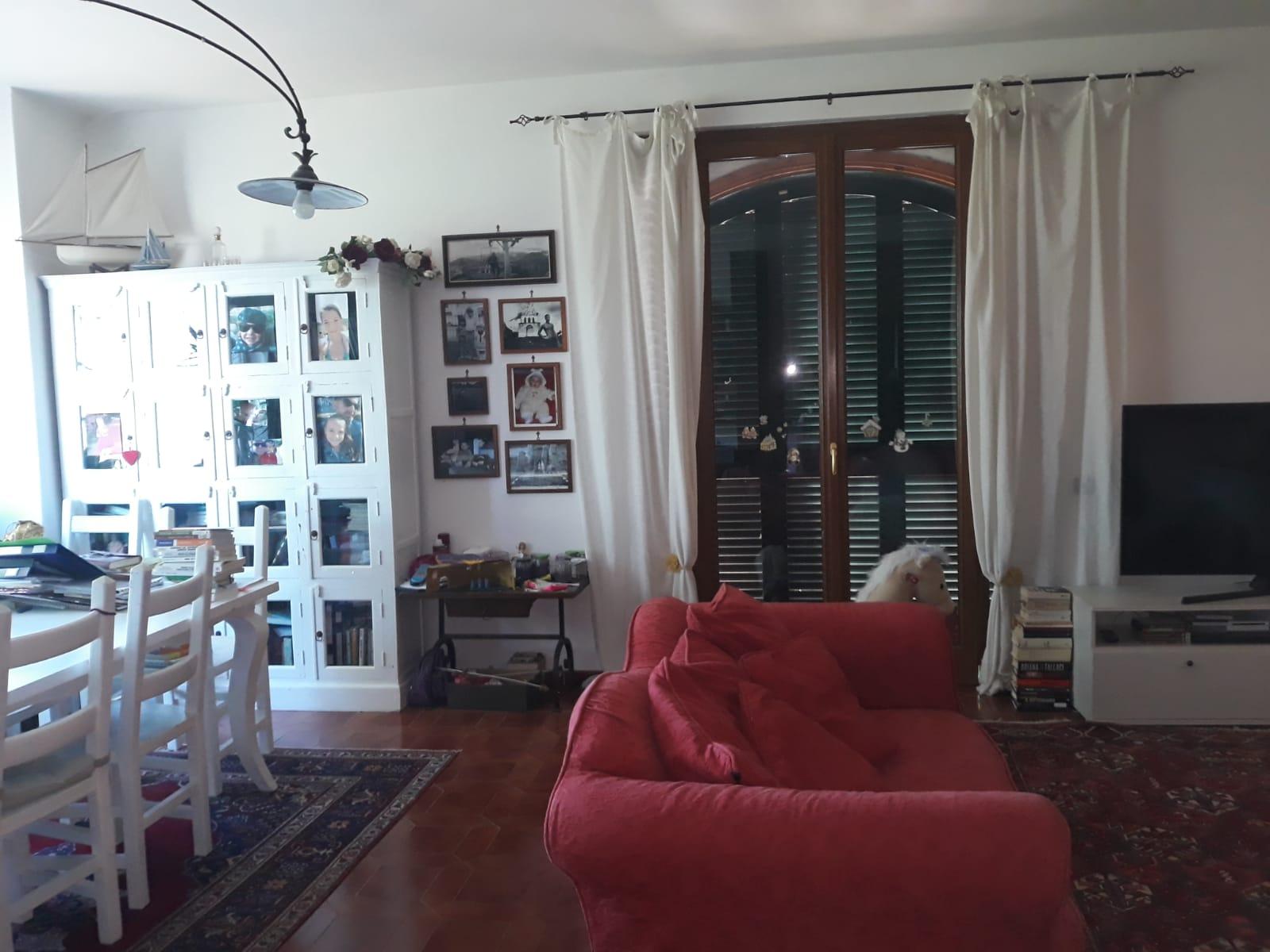 https://www.progettocasa1.it/immagini_immobili/25-02-2020/soluzione-indipendente-vendita-gorga-roma-san-marino-807.jpg