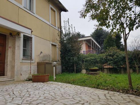 https://www.progettocasa1.it/immagini_immobili/25-02-2021/appartamento-vendita-colleferro-roma-viagiotto-72-598.jpg