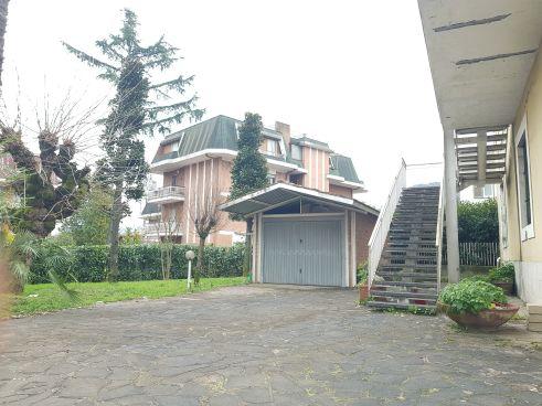 https://www.progettocasa1.it/immagini_immobili/25-02-2021/appartamento-vendita-colleferro-roma-viagiotto-72-611.jpg