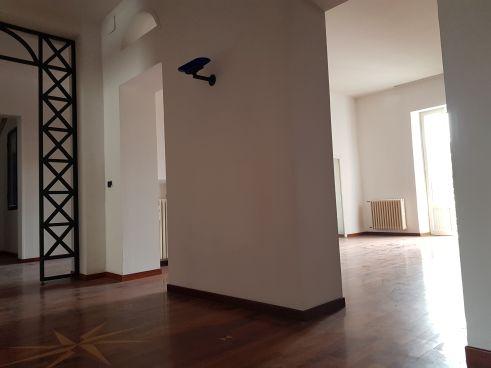 https://www.progettocasa1.it/immagini_immobili/25-02-2021/appartamento-vendita-colleferro-roma-viagiotto-72-620.jpg